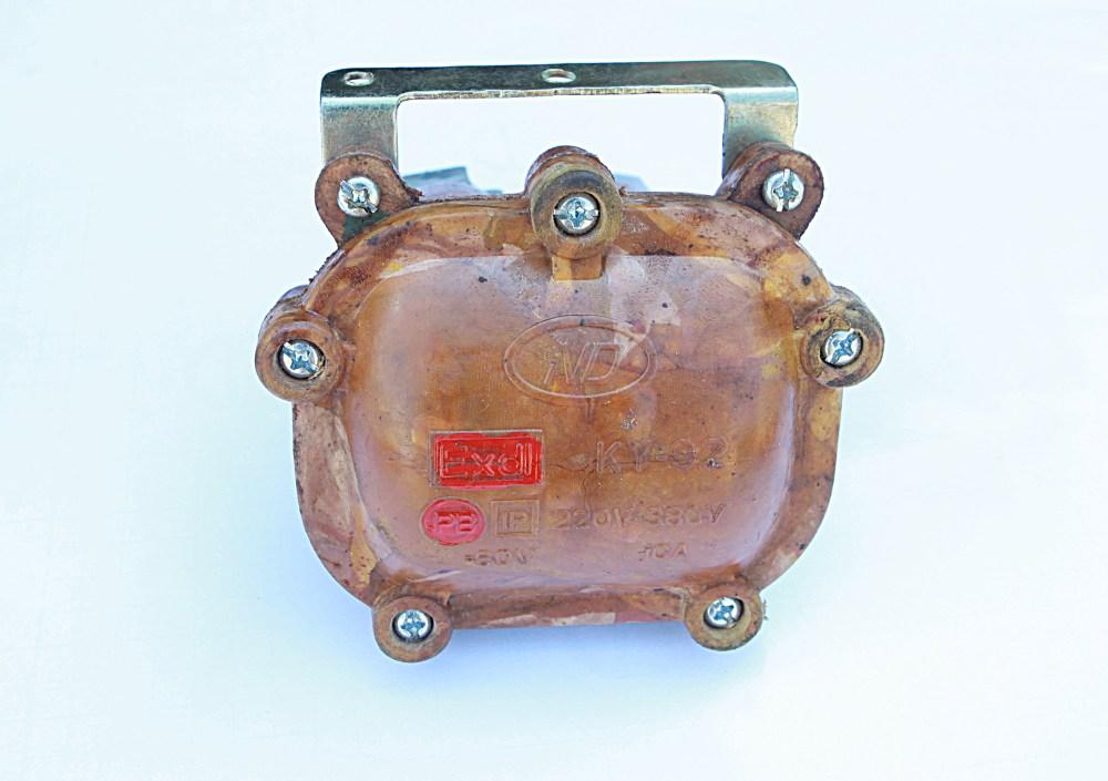 Nút bấm KY 91:220V-330V-10A